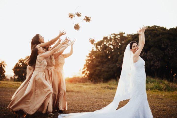 jogar buquê de noiva