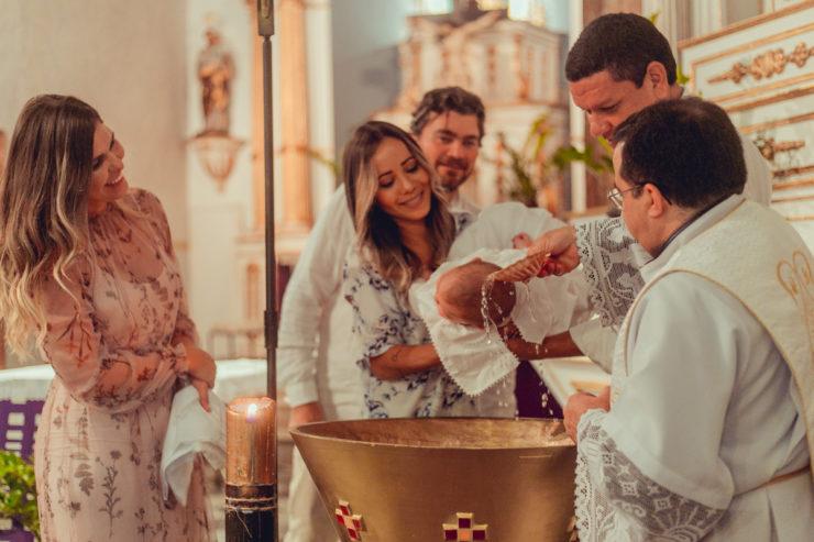 Roupas para batizado 2020